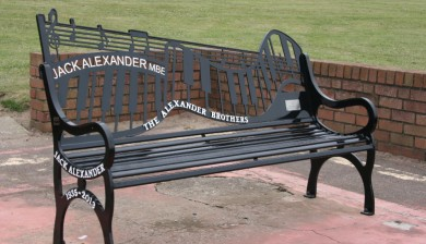 Memorial Benches Remembrance Seats Commemoration Benches Plaques Themed Memorial Benches